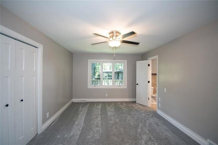 7320 Holliday Drive W Indianapolis, IN 46260 | MLS 21654208 | photo 29