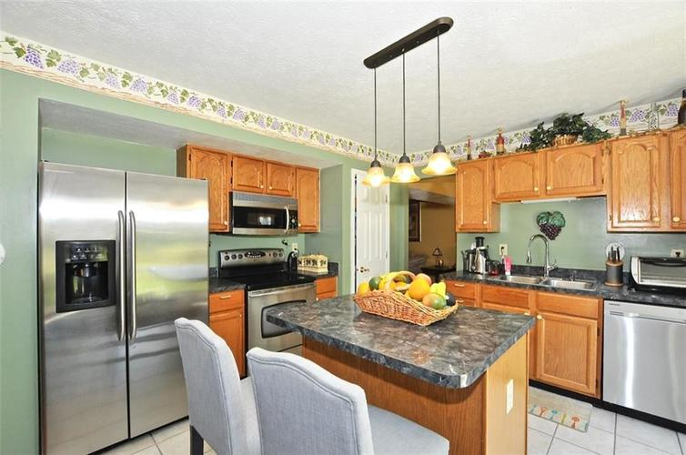 5165 Red Yarrow Way Indianapolis, IN 46254 | MLS 21654241 | photo 16