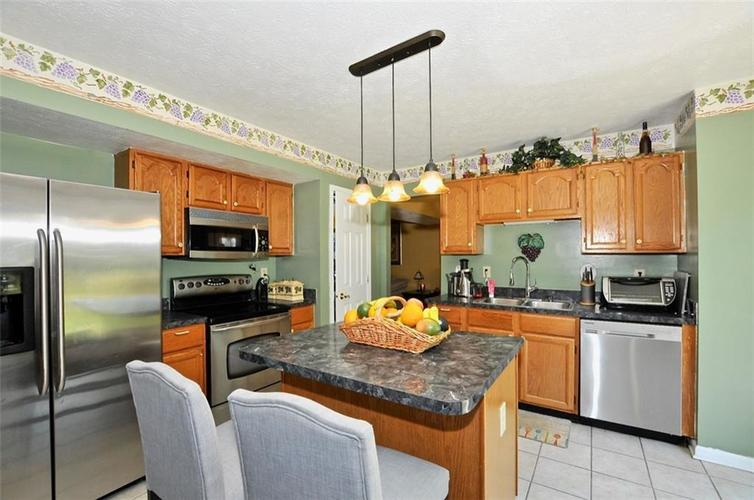 5165 Red Yarrow Way Indianapolis, IN 46254 | MLS 21654241 | photo 17