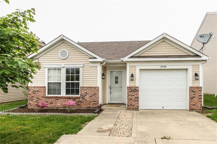 8748 Hosta Way Camby, IN 46113 | MLS 21654290 | photo 1