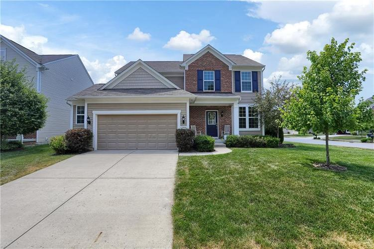 12898 Thames Drive Fishers, IN 46037 | MLS 21654377 | photo 1