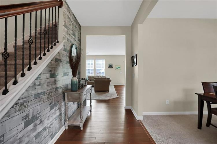 12898 Thames Drive Fishers, IN 46037 | MLS 21654377 | photo 13
