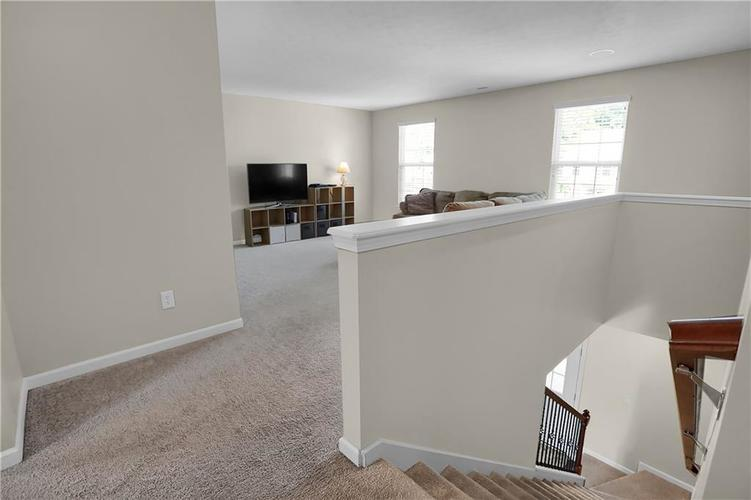 12898 Thames Drive Fishers, IN 46037 | MLS 21654377 | photo 14