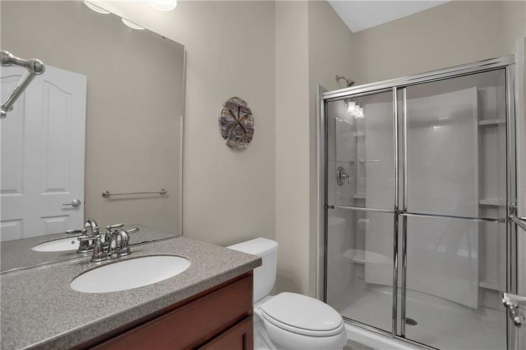 12898 Thames Drive Fishers, IN 46037 | MLS 21654377 | photo 17