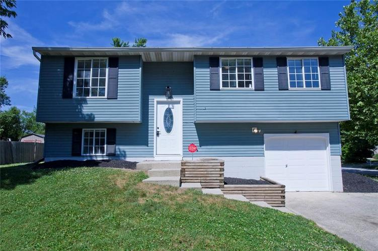 2514 N Sheffield Drive Indianapolis, IN 46229 | MLS 21654388