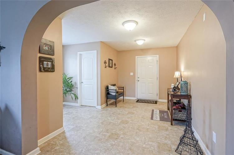 18851 Big Circle Drive Noblesville, IN 46062   MLS 21654407   photo 3
