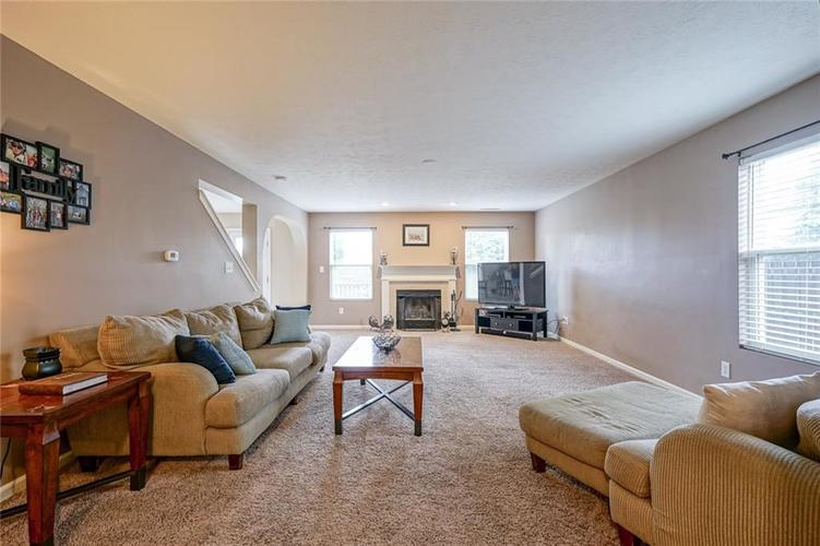 18851 Big Circle Drive Noblesville, IN 46062   MLS 21654407   photo 4