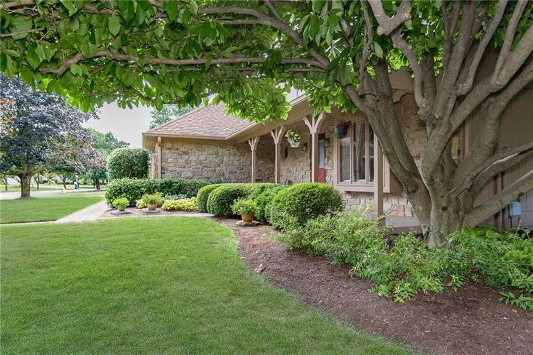 101 Chesterfield Drive Noblesville, IN 46060 | MLS 21654415 | photo 2