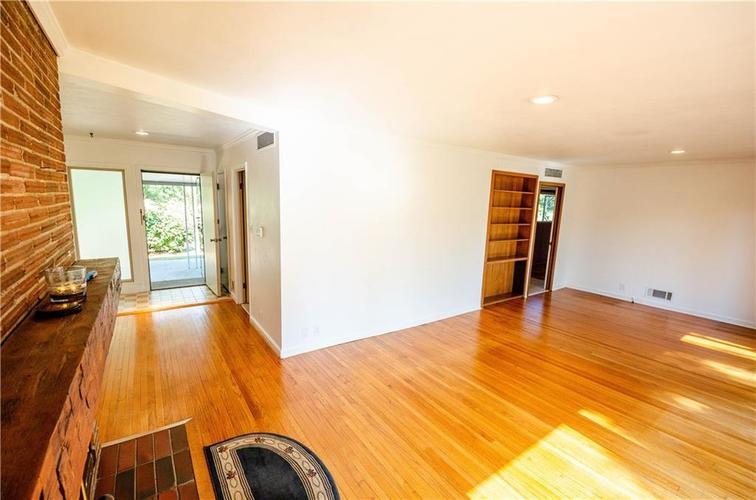 6284 Shelby Street Indianapolis, IN 46227 | MLS 21654428 | photo 15