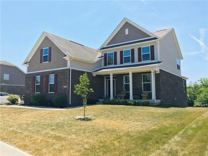 8346 Dumfries Drive Brownsburg, IN 46112 | MLS 21654471 | photo 1