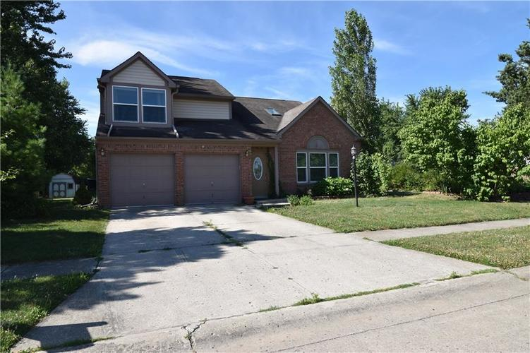 8873 Falkirk Court Indianapolis, IN 46256   MLS 21654505   photo 1
