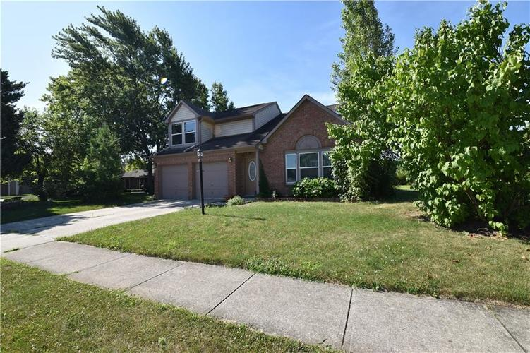 8873 Falkirk Court Indianapolis, IN 46256   MLS 21654505   photo 2