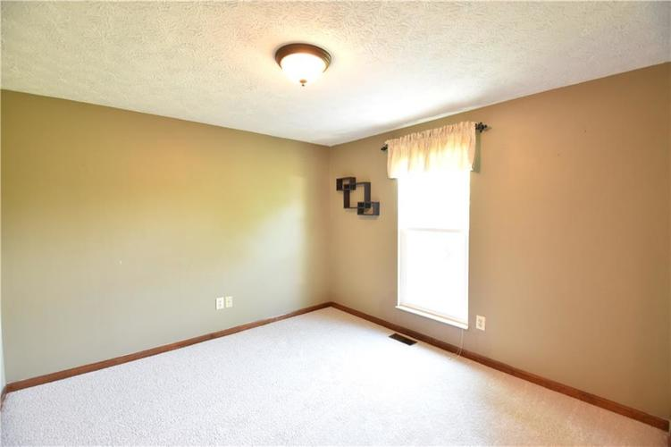 8873 Falkirk Court Indianapolis, IN 46256   MLS 21654505   photo 21