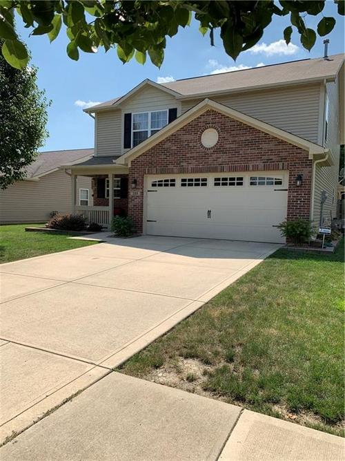 132 Thistle Wood Drive Greenfield, IN 46140   MLS 21654533   photo 1