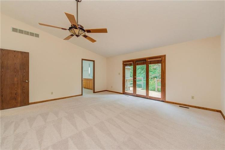 8939 WOODACRE Lane Indianapolis, IN 46234 | MLS 21654548 | photo 20