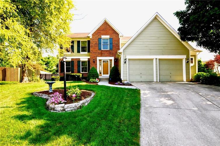 8213 Kentallen Court Indianapolis, IN 46236 | MLS 21654585 | photo 1