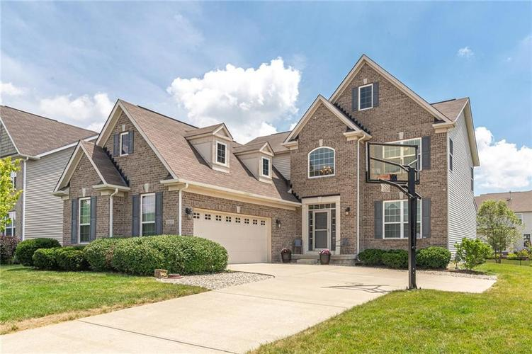 13135  Carnaby Pl  Fishers, IN 46037 | MLS 21654732
