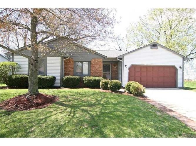 1616 COUNTRYSIDE Drive Indianapolis, IN 46231 | MLS 21654804 | photo 1