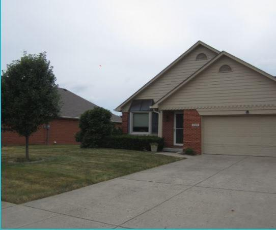 2734  Colony Lake East Drive Plainfield, IN 46168 | MLS 21654846