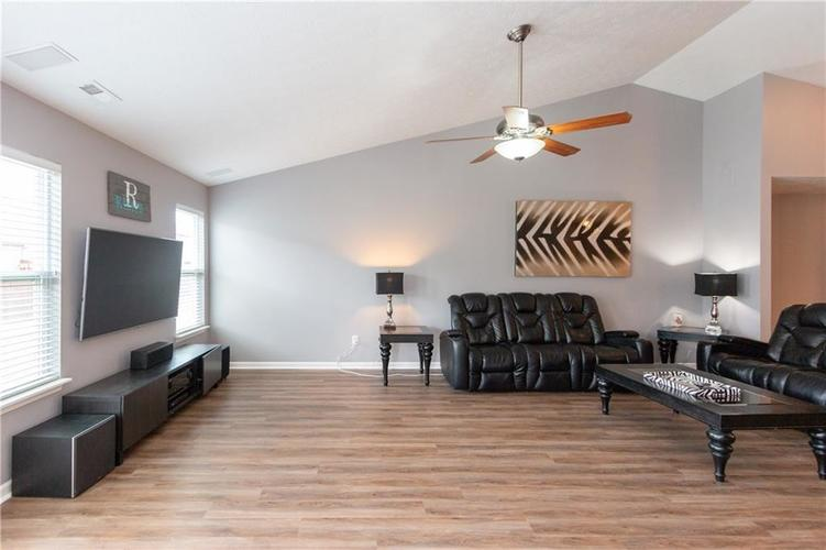 3055 Sholty Court Cicero, IN 46034 | MLS 21654900 | photo 10