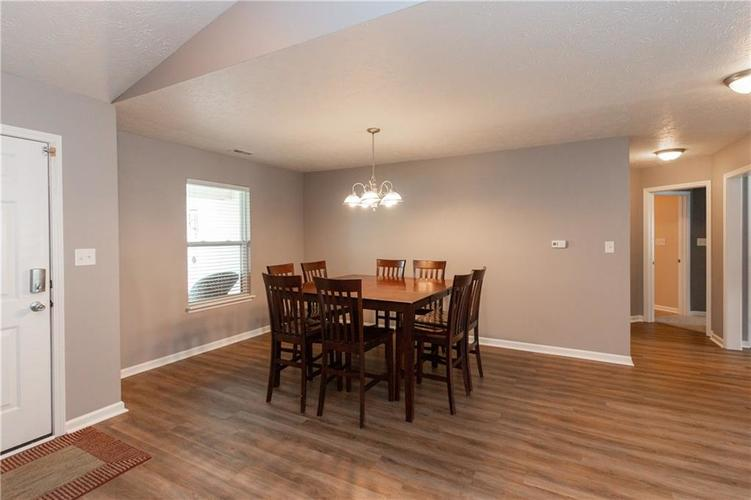 3055 Sholty Court Cicero, IN 46034 | MLS 21654900 | photo 4