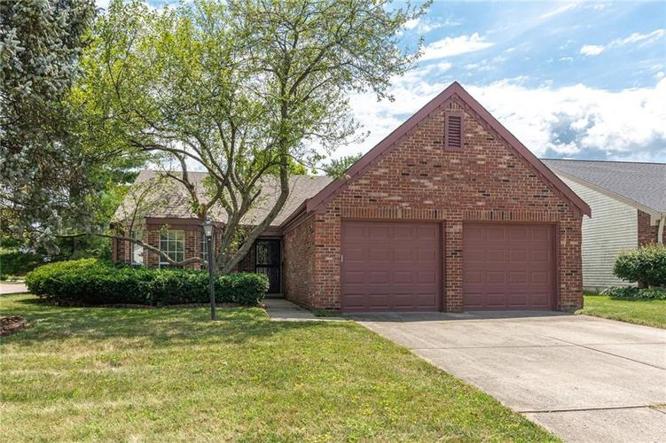 9441  Charter Drive Indianapolis, IN 46250 | MLS 21654905