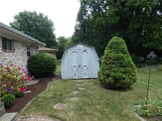 10225 Shallowbrook Court Indianapolis, IN 46229 | MLS 21654945 | photo 17
