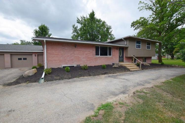 1907 E 400 North N Greenfield, IN 46140   MLS 21655039   photo 2