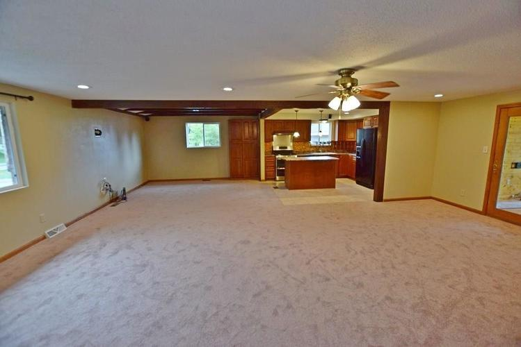 1907 E 400 North N Greenfield, IN 46140   MLS 21655039   photo 6
