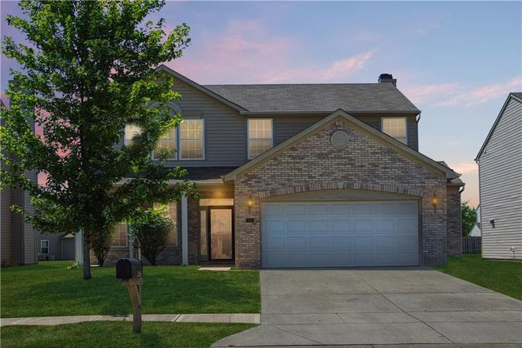 2954  Foxbriar Place Indianapolis, IN 46203 | MLS 21655043