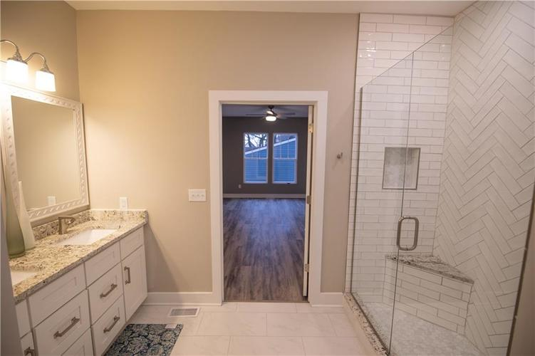 1709 Woodlawn Avenue Indianapolis, IN 46203 | MLS 21655084 | photo 14