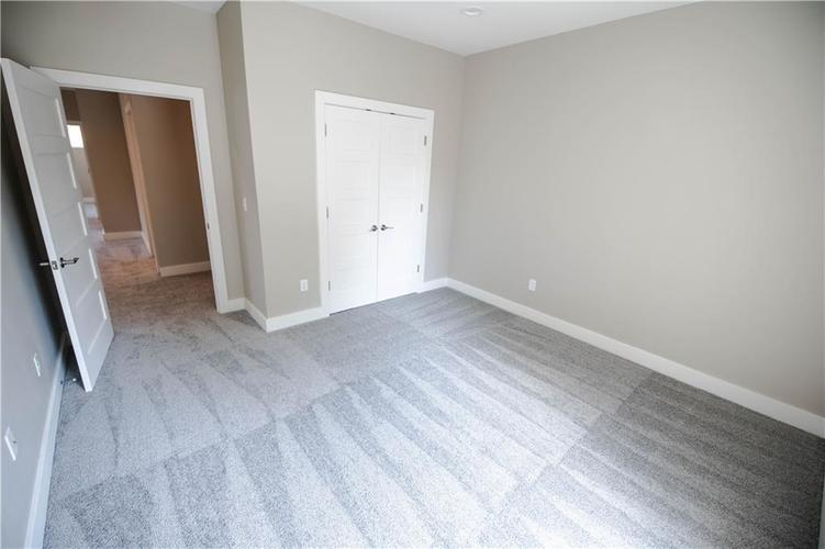 1709 Woodlawn Avenue Indianapolis, IN 46203 | MLS 21655084 | photo 27