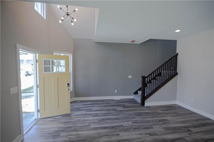 1709 Woodlawn Avenue Indianapolis, IN 46203 | MLS 21655084 | photo 4
