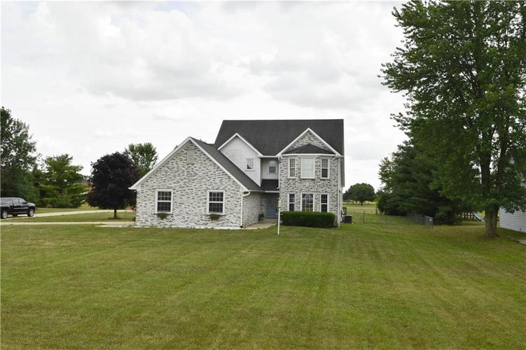 11825 E PROSPECT Street Indianapolis, IN 46239 | MLS 21655111