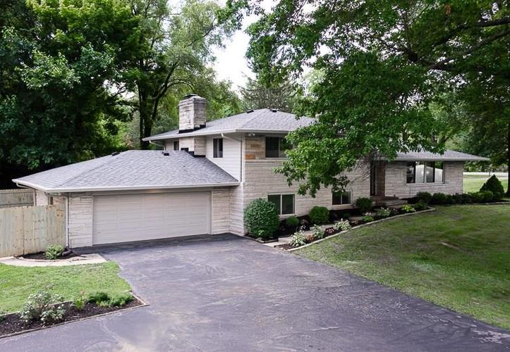 1435 E 83rd Street Indianapolis, IN 46240 | MLS 21655217 | photo 1