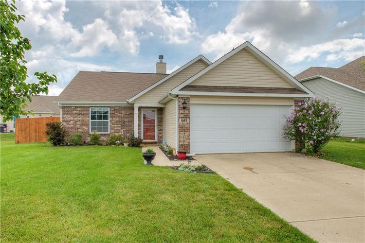 623 Melrose Court Greenfield, IN 46140 | MLS 21655235 | photo 1