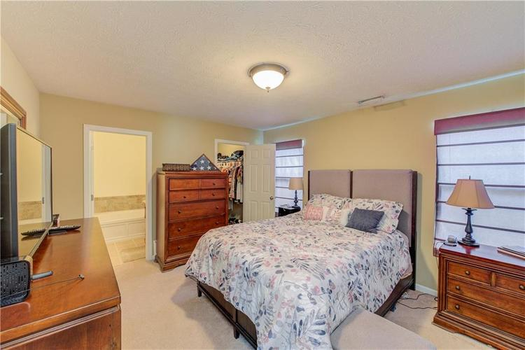 623 Melrose Court Greenfield, IN 46140 | MLS 21655235 | photo 13