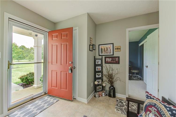 623 Melrose Court Greenfield, IN 46140 | MLS 21655235 | photo 2