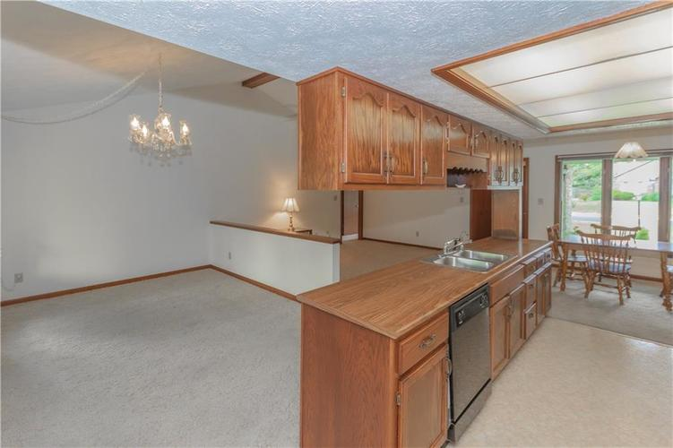 1823 Mace Drive Indianapolis, IN 46229 | MLS 21655270 | photo 13