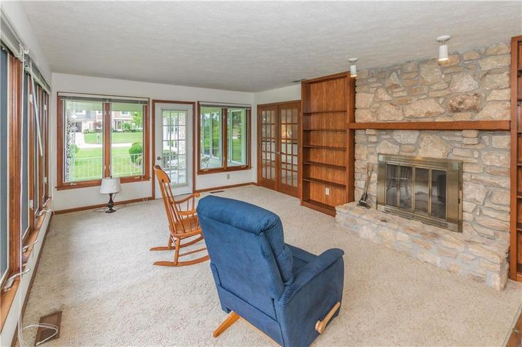 1823 Mace Drive Indianapolis, IN 46229 | MLS 21655270 | photo 14