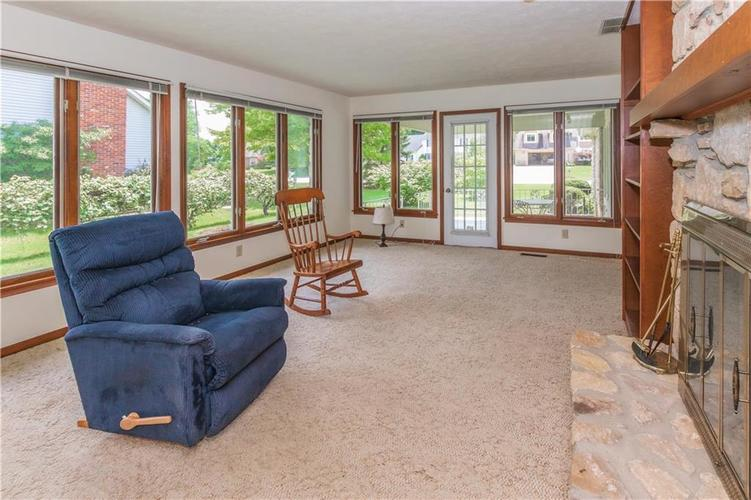 1823 Mace Drive Indianapolis, IN 46229 | MLS 21655270 | photo 15