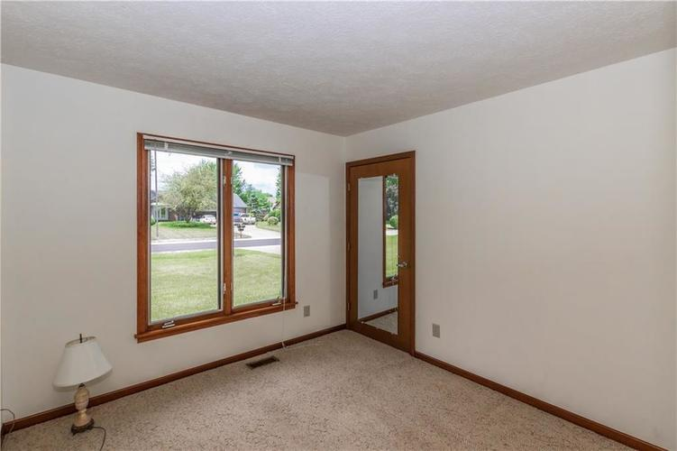 1823 Mace Drive Indianapolis, IN 46229 | MLS 21655270 | photo 19