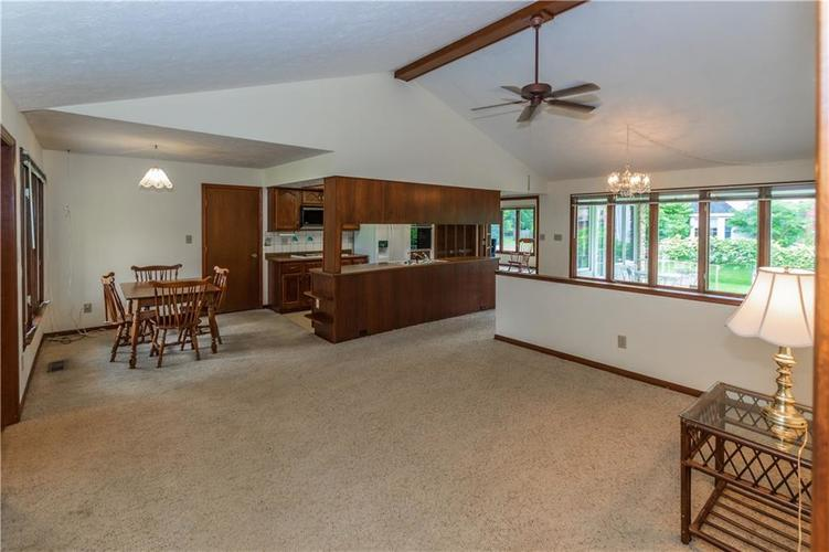 1823 Mace Drive Indianapolis, IN 46229 | MLS 21655270 | photo 6