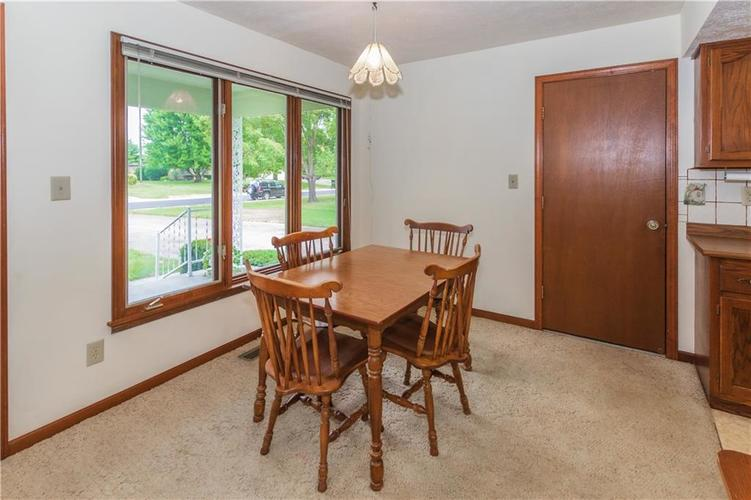 1823 Mace Drive Indianapolis, IN 46229 | MLS 21655270 | photo 7