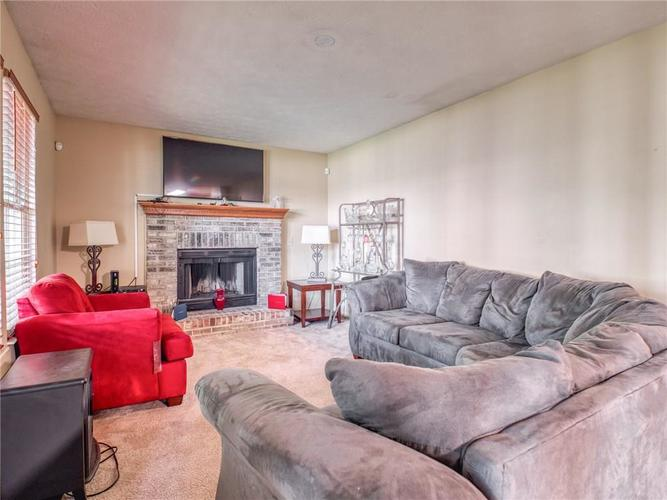 5926 King Lear Drive Indianapolis, IN 46254 | MLS 21655275 | photo 15