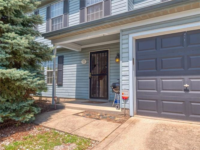 5926 King Lear Drive Indianapolis, IN 46254 | MLS 21655275 | photo 4