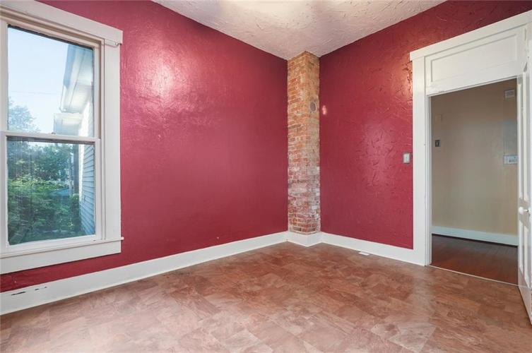 1432 E Woodlawn Avenue Indianapolis, IN 46203 | MLS 21655279 | photo 15