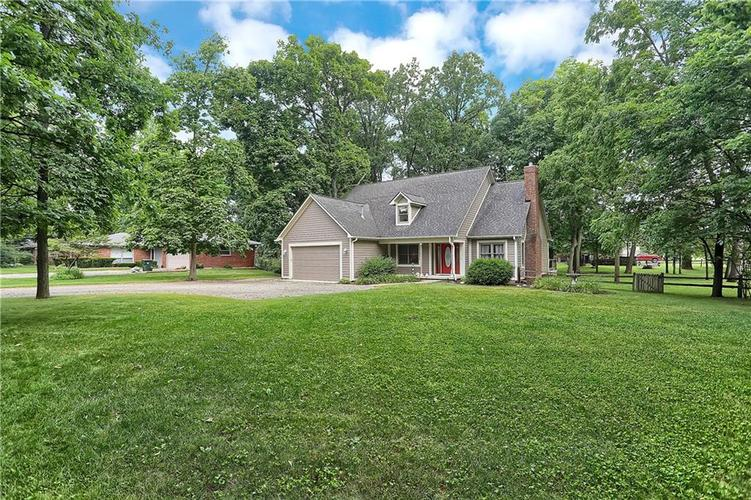 7018 W Timber Drive New Palestine, IN 46163 | MLS 21655337 | photo 2