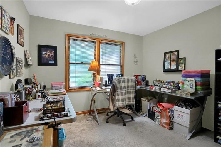7018 W Timber Drive New Palestine, IN 46163 | MLS 21655337 | photo 21