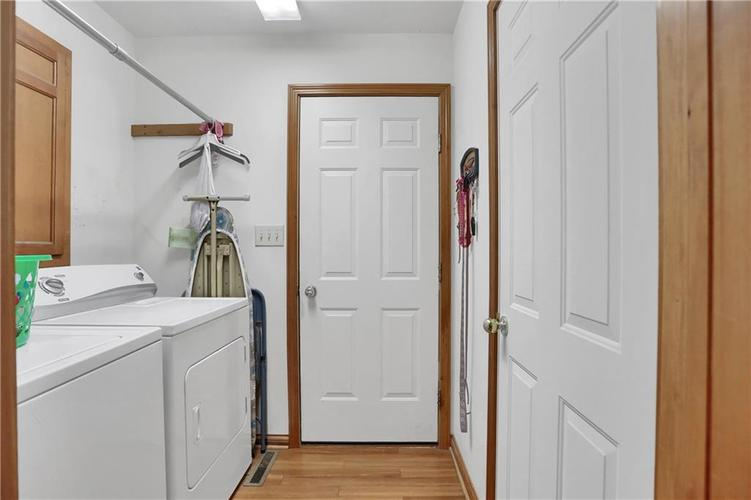 7018 W Timber Drive New Palestine, IN 46163 | MLS 21655337 | photo 22